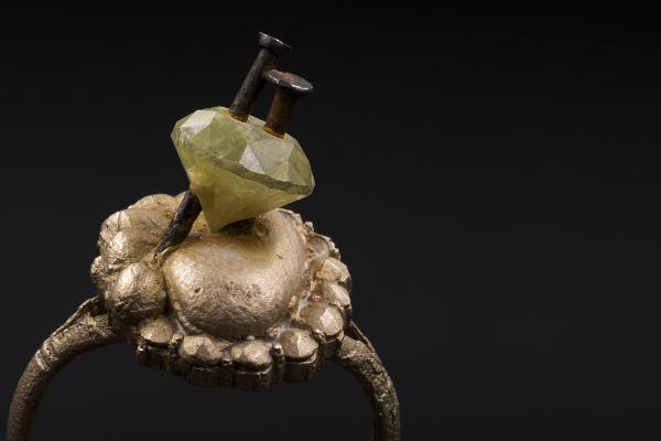 Karl Fritsch Galerie Zink Ruby Gold Ring arnoldsche