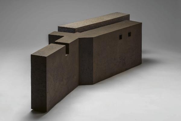 Enric Mestre stoneware sculpture artist art arnoldsche exhibition modern shapes antwerp minimalism